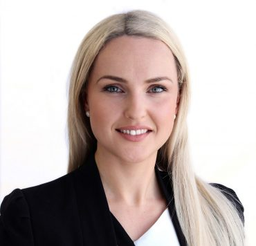 Karolina Headshot - Lynn & Brown Lawyers